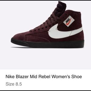*NEW* Nike womens Blazer Mid Rebel